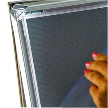Foglio in policarbonato trasparente a protezione della stampa