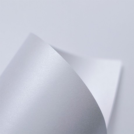 Fedrigoni Sirio Pearl Ice white